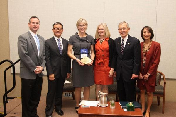 Workforce-award-winners-w-Voinovich_Nov-20111